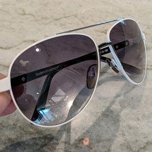 Modern Amusement Aviator Sunglasses